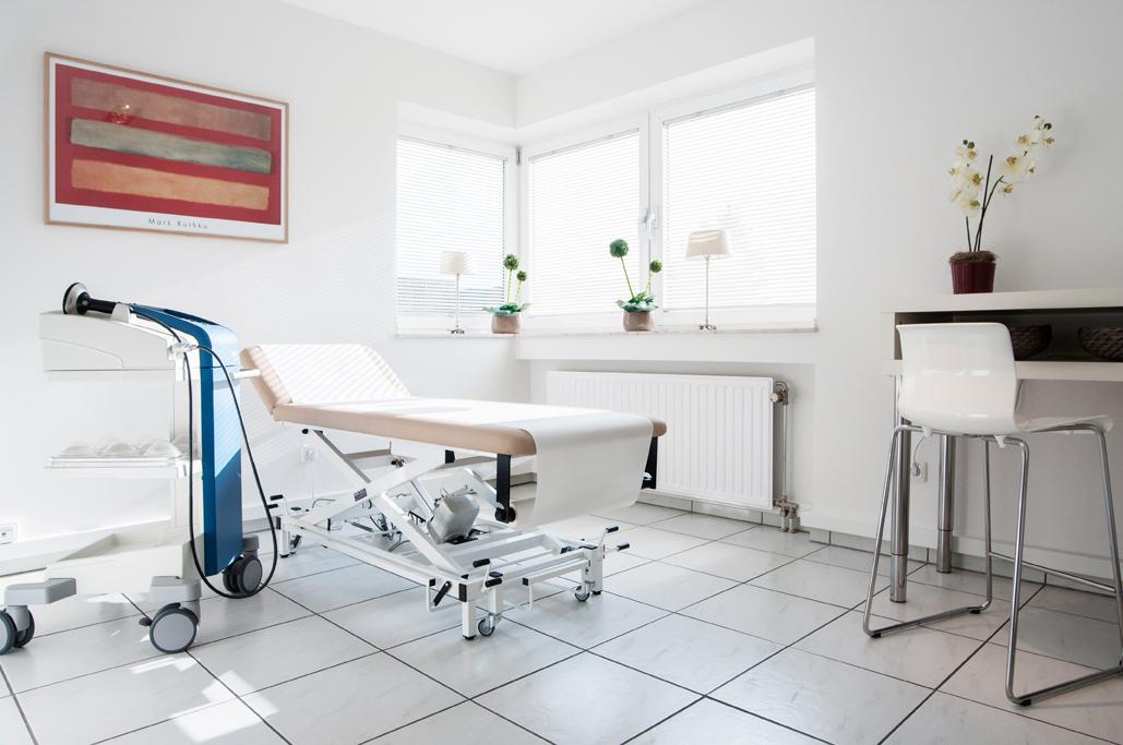 behandlungsraum-orthopraxis-fuenfgeld